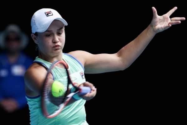 टेनिस : बार्टी मियामी ओपन के फाइनल में पहुंचीं