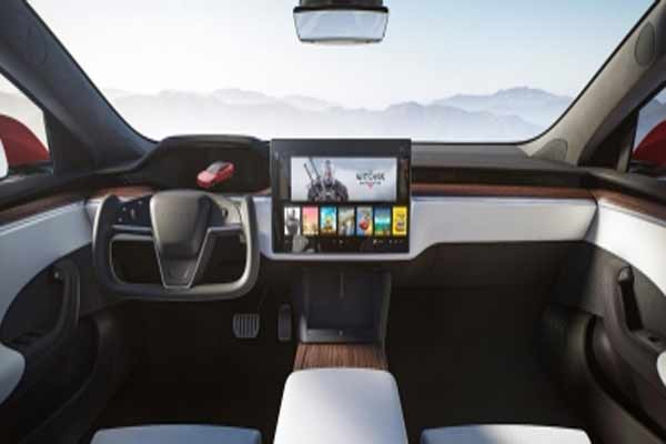 Tesla wonot offer regular steering wheel on new Model S/X: Musk - Automobile News in Hindi