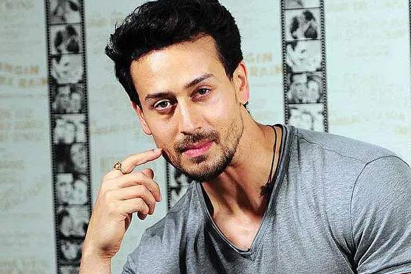 Tiger Shroff reveals his first love - Bollywood News in Hindi
