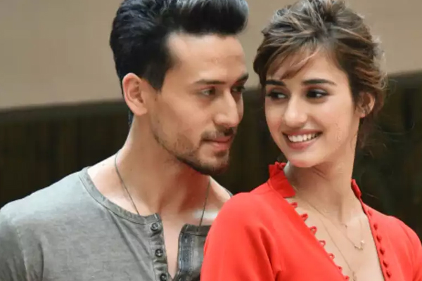 Disha jaw-dropping stunts impress rumoured beau Tiger Shroff - Bollywood News in Hindi