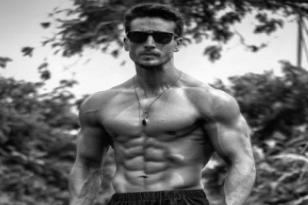 Tiger Shroff flaunts shirtless beef in new monochrome photo - Bollywood News in Hindi