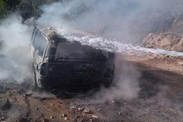 Driver scorched due to sudden fire in Scorpio on Volcano Tehri Road - Dharamshala News in Hindi