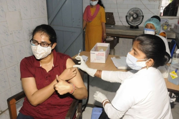 Lack of vaccine in Gurugram affected campaign for people over 18 - Gurugram News in Hindi
