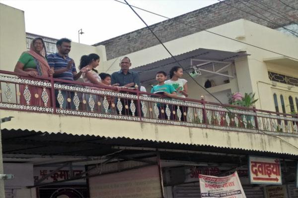 टोंक में पीएम के जनता कर्फ्यू को मिला समर्थन,लोगों ने बजाई थालिया