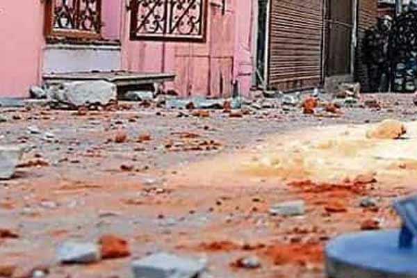Two communities quarrel in Jaipur, panic spread due to stone pelting - Jaipur News in Hindi