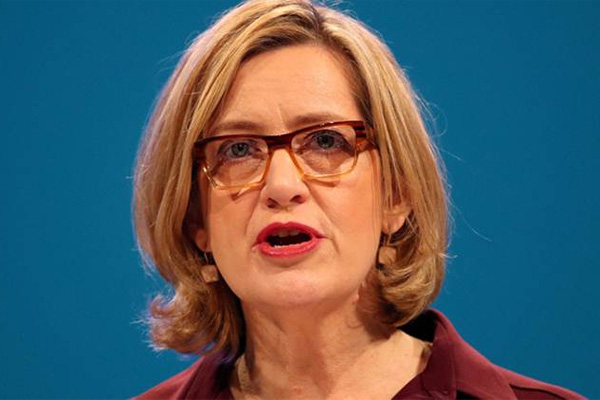 UK home secretary resigns over immigration scandal - World News in Hindi