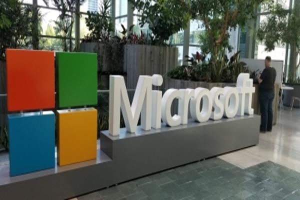 माइक्रोसॉफ्ट कथित तौर पर विडोंज 10एक्स को करेगा सम्मिलित : रिपोर्ट