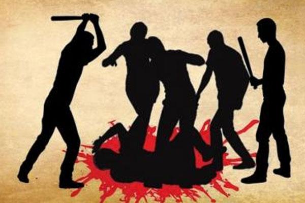 उप्र में दुष्कर्म के आरोपी को ग्रामीणों ने पीटा, मौत