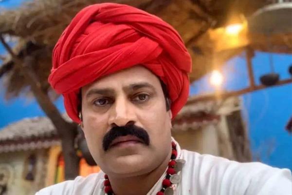 UP cop makes debut on big screen - Budaun News in Hindi