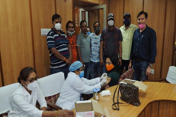 In the vaccination camp of Pinkcity Press Club, journalists showed enthusiasm, 845 doses on the second day - Jaipur News in Hindi
