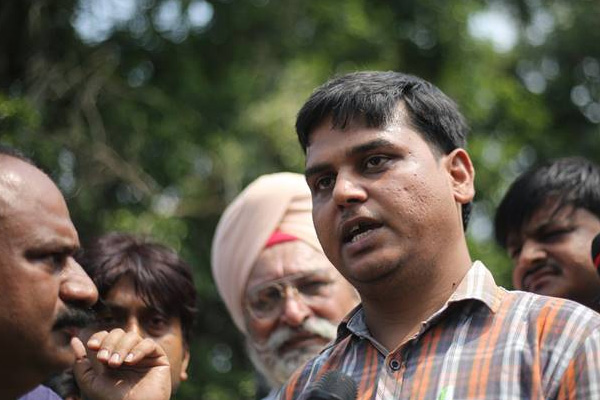 Haryana minister told us not to demand CBI probe: Pradyumn father - Gurugram News in Hindi