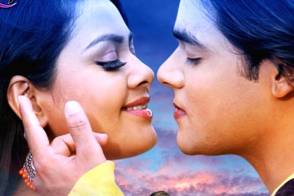 Vishal, Tanushree first look of Dildar Se Dil Lagal continues - Bollywood News in Hindi
