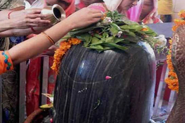 So that why they offer water and belpatra to Lord Shiva! - Puja Path in Hindi