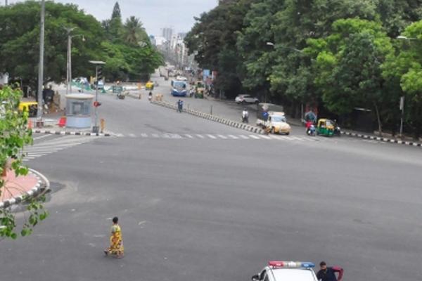 Week-end curbs may come back in Karnataka over Covid fears - Bengaluru News in Hindi