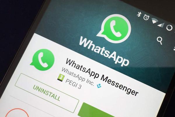 व्हाट्सएप ने आईओएस यूजर्स के लिए रोल आउट किया मल्टी डिवाइस सपोर्ट