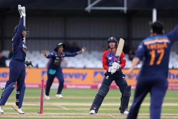 Women Cricket: England beat India by 18 runs under Duckworth-Lewis rule - Cricket News in Hindi
