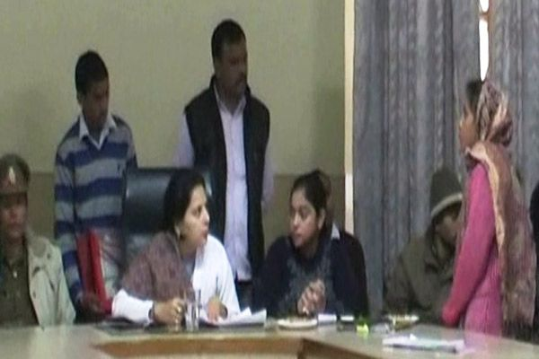 Officer brought up in handling crimes against women said State Women Commission in kanpur - Kanpur News in Hindi
