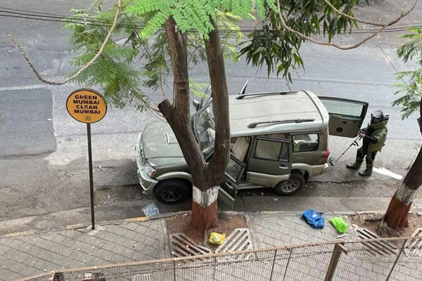 Silence over autopsy report of Hiren, owner of SUV parked outside Ambani house - Mumbai News in Hindi