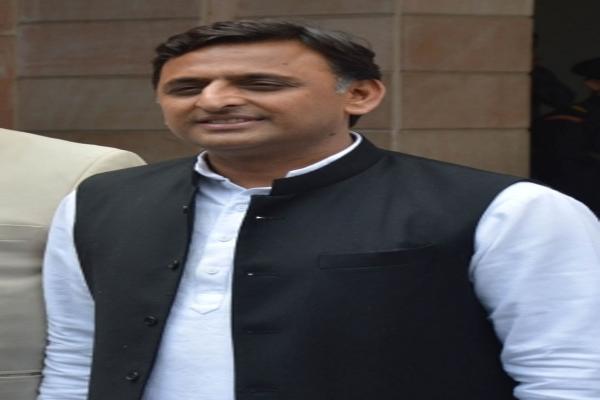 Akhilesh Yadav told death warrant for agricultural laws - Etawah News in Hindi