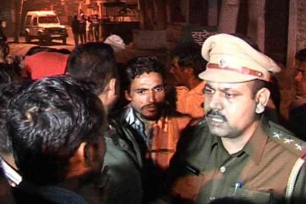 Women blame at police to collusion with drug smugglers - Yamunanagar News in Hindi