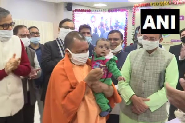 CM Yogi launches Japanese encephalitis (JE) vaccination in Lucknow, see photos - Lucknow News in Hindi