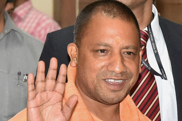 UP CM yogi Adityanath on Varanasi Visit today - Lucknow News in Hindi