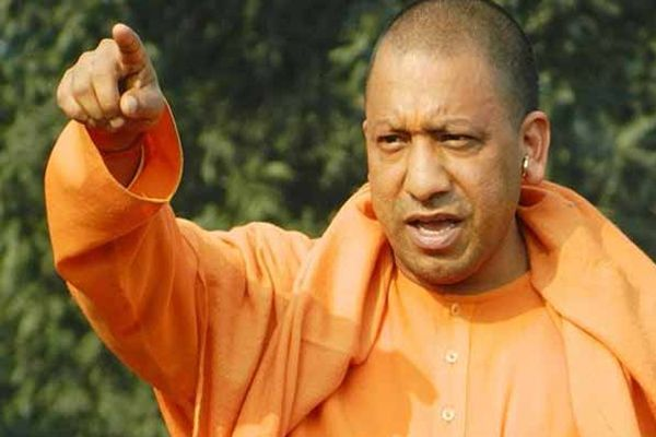 UP CM Yogi Adityanath Focus on law and order in State - Lucknow News in Hindi