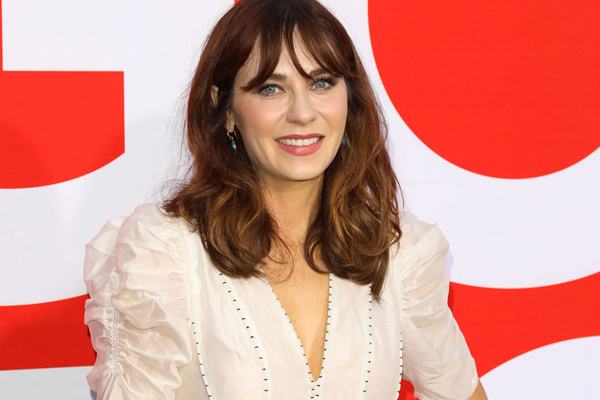 Zooey Deschanel: My daughter is extremely independent - Hollywood News in Hindi