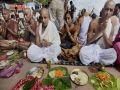 Corona intimidating priests in Bihar, Panditji coming from other states for Shraddha - Bihar News in Hindi