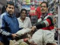 Jharkhand: Bhola old clothes shop means of covering the body made for the poor