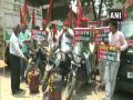 Samajwadi Party protests against Petroleum Minister in Kanpur