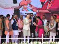 This photo of PM Modi says something to former CM Raje