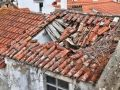 Minor dies after roof collapses in UP