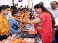 chittorgarh news : Beneficiaries of government schemes gave to the bless to Chief Minister vasundhara raje
