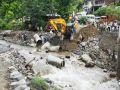 Torrential rain in the mandi, Life in trable