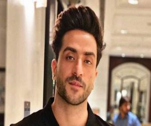 Aly Goni gets Jammu house renovated for mom on Mothers Day - Hindi News