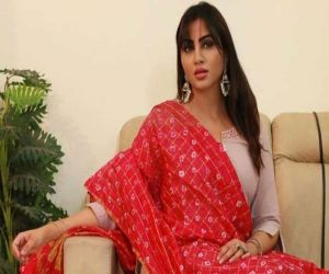 Arshi Khan recovers from Covid - Hindi News