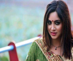 Arshi Khan seeks Salman Khan help to find a groom on Swayamvar - Hindi News