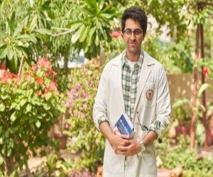 Ayushmann Khurrana: Lucky that I chose acting as my profession - Hindi News