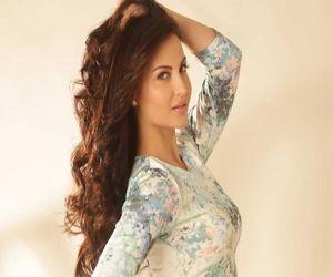 Elli AvrRam played cupid in Evelyn Sharma love story! - Hindi News