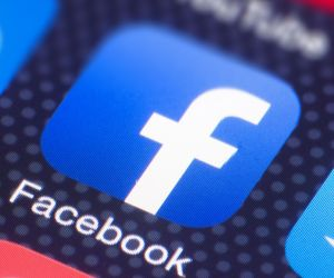 Facebook plans to rebrand company with new name: Report - Hindi News