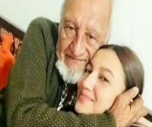 Gauahar Khan father passes away - Hindi News