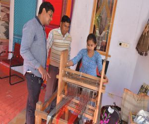 Culture of different states reflects in Special Handloom Expo - Hindi News