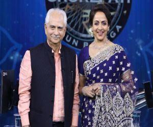 Hema Malini, Ramesh Sippy to relive Sholay shoot on KBC 13 - Hindi News