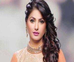 Hina Khan questions Bigg Boss on behaviour of housemates - Hindi News