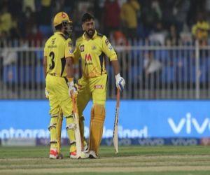 IPL 2021 - Dhoni and Raina pair won Chennai by six wickets - Hindi News Portal
