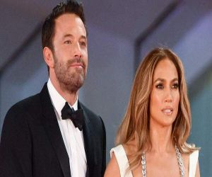 JLo, Ben Affleck flaunt PDA on first red carpet appearance - Hindi News