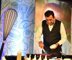 Taste in food comes from emotions so always keep a smile on your face while cooking - Sanjeev Kapoor - Hindi News