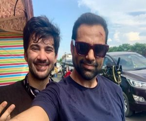 Karan Deol elated about working with uncle Abhay Deol in Velley - Hindi News