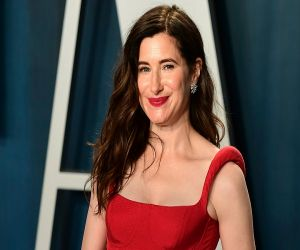 Kathryn Hahn to play comedy icon Joan Rivers in The Comeback Girl - Hindi News